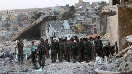 Quan doi Syria da kiem soat mot khu vuc trong yeu cua Aleppo - Anh 1