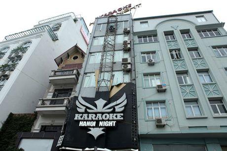 HN: Bien quan karaoke 'khung' nhan nhan khap pho - Anh 10
