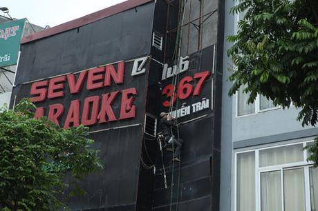 HN: Bien quan karaoke 'khung' nhan nhan khap pho - Anh 11