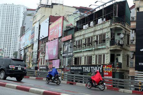 HN: Bien quan karaoke 'khung' nhan nhan khap pho - Anh 12