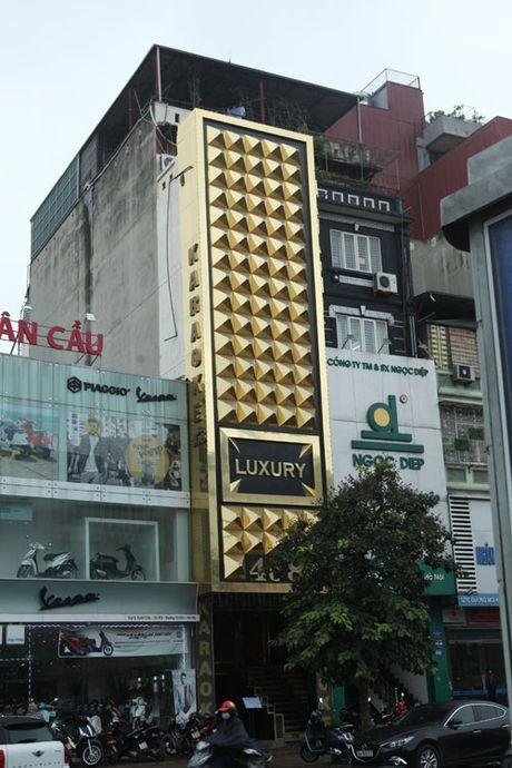 HN: Bien quan karaoke 'khung' nhan nhan khap pho - Anh 2