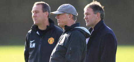 Nhung thay doi lon o Man United tu khi Sir Alex nghi huu - Anh 2