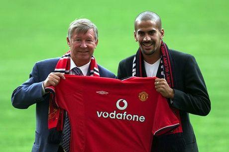 5 thuong vu te nhat cua Sir Alex Ferguson o Man United - Anh 4