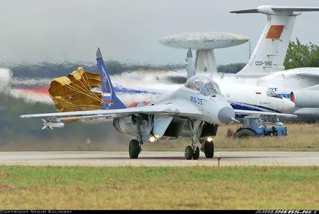 Bat ngo Nga dem radar 'khung' cua MiG-35 toi Trung Quoc - Anh 6