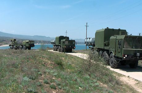 Crimea an toan hon bao gio het voi hai vu khi nay - Anh 2