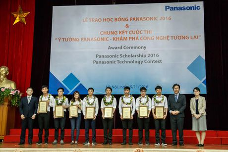 Trao hoc bong Panasonic 2016 cho sinh vien ngheo vuot kho - Anh 1