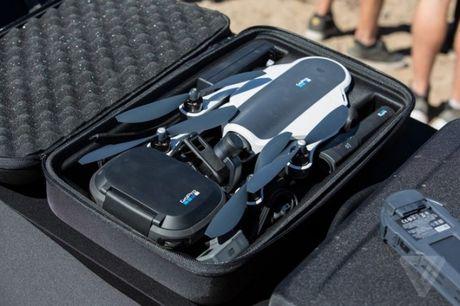 GoPro ra lenh trieu hoi 2.500 chiec drone Karma - Anh 2