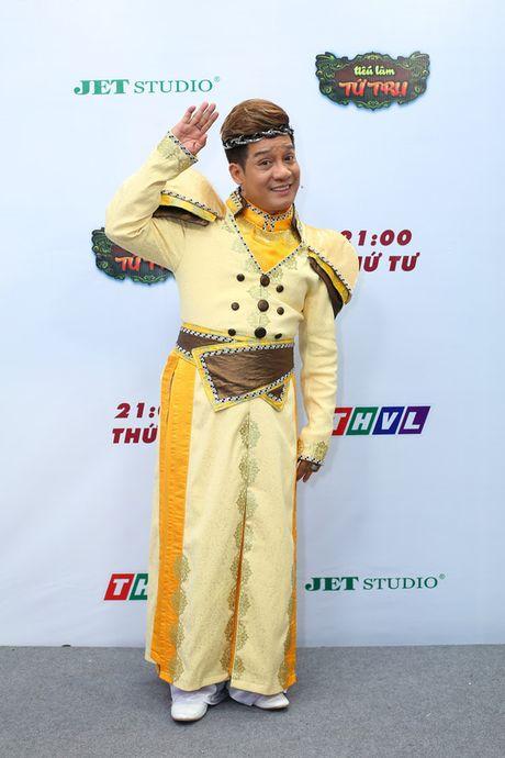 """Tieu Lam Tu Tru"" lam hai ""sach"" phuc vu khan gia - Anh 2"