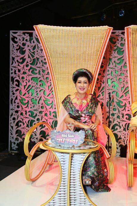 """Tieu Lam Tu Tru"" lam hai ""sach"" phuc vu khan gia - Anh 4"