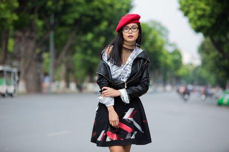 Lau lam roi gioi tre Ha thanh moi dien street style chat den the - Anh 5