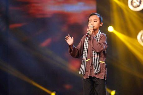 'Cau be hat dam cuoi' Ho Van Cuong mang uoc mo dan ca len san khau lon - Anh 2