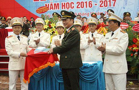 Truong Dai hoc Ky thuat-Hau can CAND khai giang nam hoc moi - Anh 3