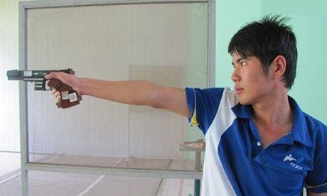 Phan Xuan Chuyen va uoc mo noi buoc xa thu Hoang Xuan Vinh - Anh 1