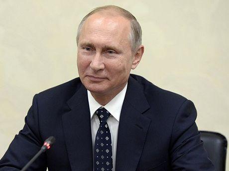 Ong Trump dac cu, Tong thong Putin mo mot tuong lai tuoi sang voi My - Anh 1