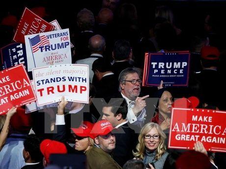 The gioi noi gi ve chien thang cua Donald Trump? - Anh 3