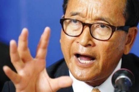Chu tich Dang CNRP doi lap o Campuchia bi phat tien vi toi phi bang - Anh 1