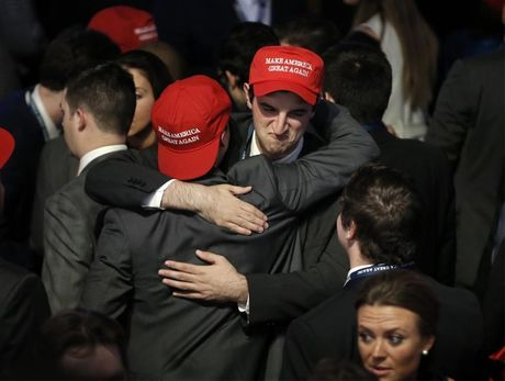 Cu tri an mung chien thang cua ong Donald Trump - Anh 8