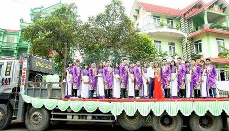 Le an hoi to chuc tren thung xe tai o Vinh Phuc - Anh 2
