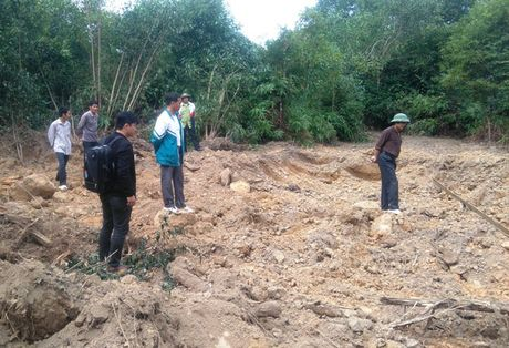 Thanh Hoa: Ngang nhien muc dat trong khu bao ton - Anh 2