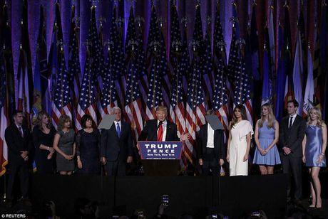 Gia dinh Donald Trump rang ro phut vinh quang - Anh 1