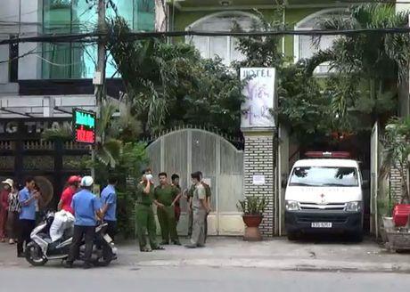 Nguoi dan ong chet bat thuong trong khach san o Sai Gon - Anh 1