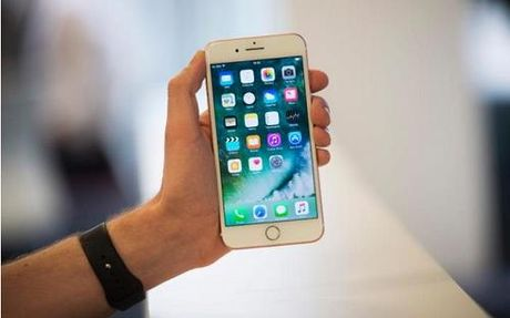iPhone them tinh nang goi khan cap tren nut nguon - Anh 1