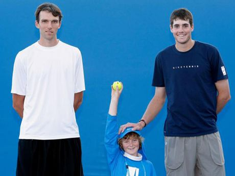 Tennis ngay 9/11: Murray len ke hoach vo dich ATP Finals, Isner vuot mat Karlovic - Anh 3