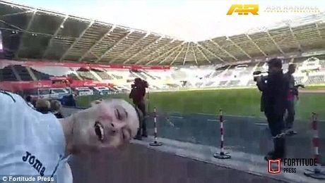 Jose Mourinho 'phu phang' pha hong ky luc can bong bang dau cua CDV Swansea - Anh 4