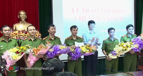 Nghe An thuong nong Ban chuyen an pha vu 'danh bac tien ty' - Anh 1