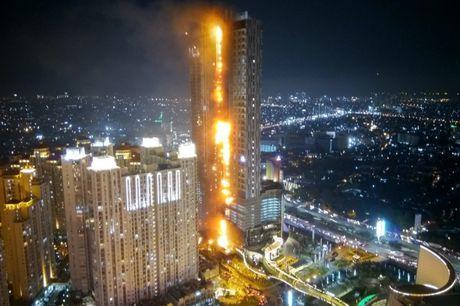Indonesia: Lua khoi nghi ngut xuat hien tai toa cao oc Neo SOHO - Anh 1