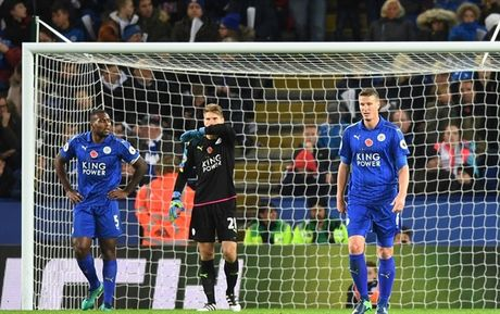 Goc thong ke: 11 con so thu vi sau 11 vong Premier League - Anh 4