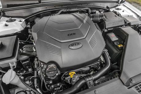 Sedan co trung Kia Cadenza 2017 'chot gia' 714 trieu - Anh 7
