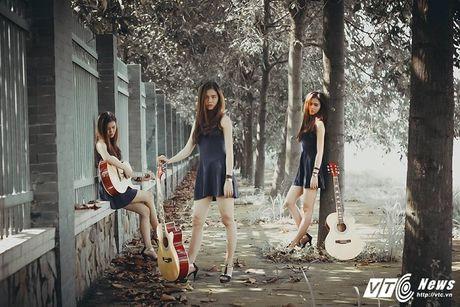 Hot girl CD Phat thanh - Truyen hinh khien bao chang trai me man - Anh 3