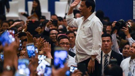 "Tong thong Philippines ""sung suong"" vi Donald Trump dac cu - Anh 1"