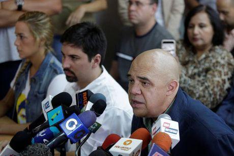 Cuba tuyen bo tap tran sau khi ong Trump dac cu - Anh 2