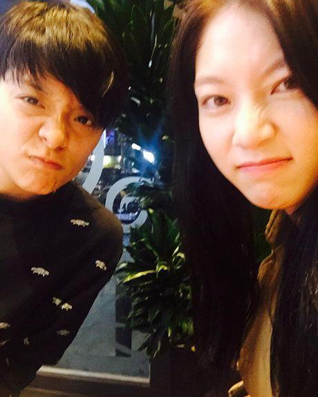 Sao Han 10/11: Seo Hyun - Hyo Min mac vay ngan bat chap troi lanh - Anh 1
