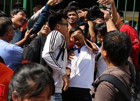 DTVN: Thay tro Huu Thang va mo hoi chong day tram lan - Anh 12