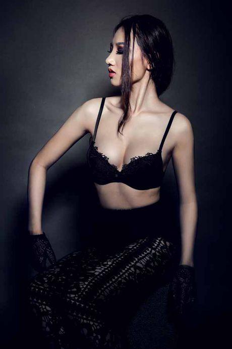 Hoang Thu Thao khoe ve dep nong bong 'van nguoi me' - Anh 2