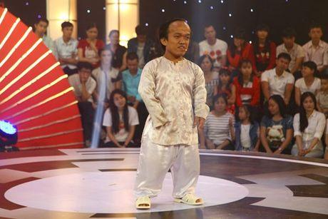 'Thach thuc danh hai': Thi sinh nhi lam Tran Thanh quy lay, doi bo nghe - Anh 11