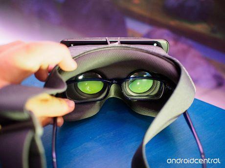 Google tiet lo yeu cau phan cung danh cho DayDream VR - Anh 1
