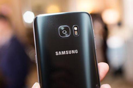 Galaxy S8 se la smartphone khong vien man hinh? - Anh 1