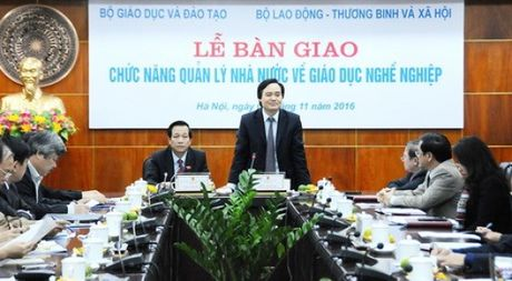 Hon 500 truong cao dang, trung cap duoc chuyen cho Bo LD-TB-XH quan ly - Anh 1