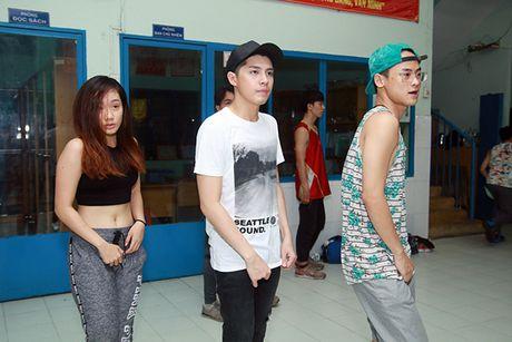 Noo Phuoc Thinh an voi, ngu it de chuan bi cho liveshow mien phi - Anh 5