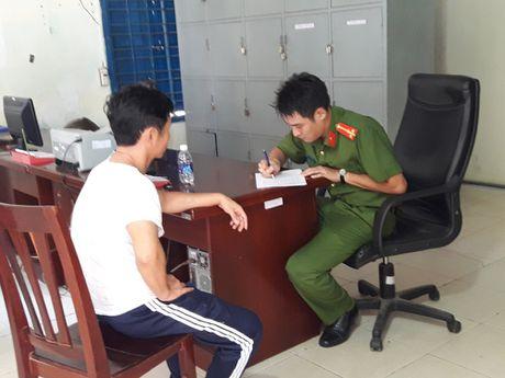 Bat giam 2 ke cam dau tron trai cai nghien o Ba Ria - Vung Tau - Anh 1