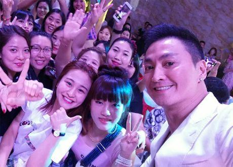 'Trien Chieu' Ha Gia Kinh co bap cuon cuon tuoi 56 - Anh 4
