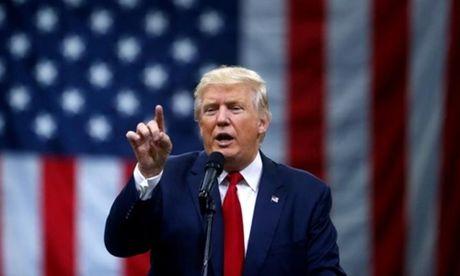 Donald Trump xoa chinh sach cam nguoi Hoi giao o My - Anh 1