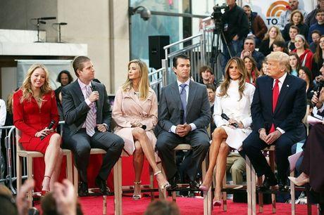 5 nguoi con cua Donald Trump –hau phuong vung chac cho thanh cong cua cha - Anh 2