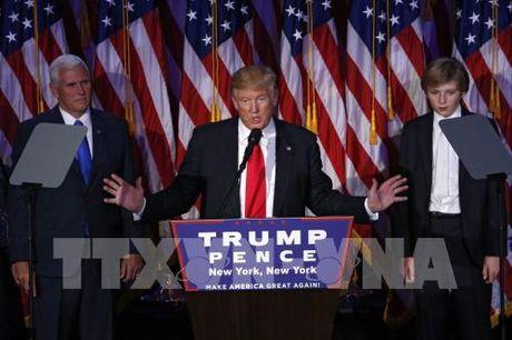 Chuyen gia My: Nhieu thach thuc dang doi ong Donald Trump - Anh 1