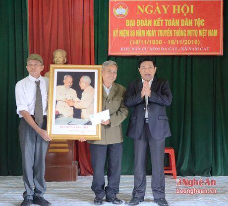 Chu tich UBND tinh Nguyen Xuan Duong: 'Khu dan cu manh thi xa, huyen manh, tinh manh' - Anh 2
