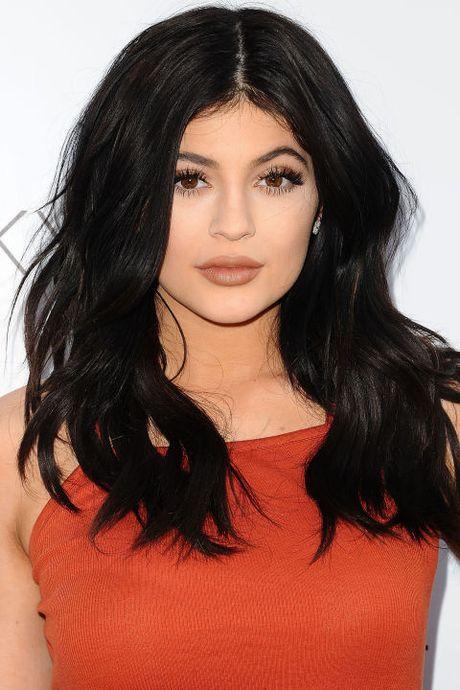 Su thay doi guong mat cua Kylie Jenner qua tung thoi ki - Anh 11